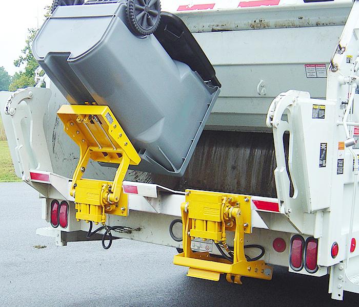 BTL208 Garbage Truck Cart Lifter - Tipper