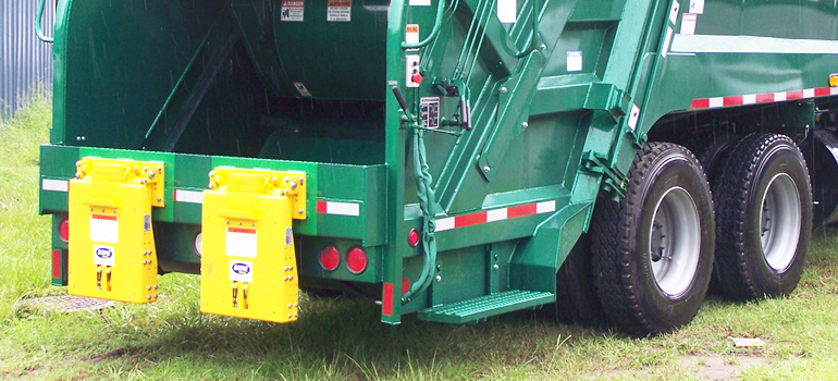 Bayne TL Garbage Truck Cart Tipper / Lifter