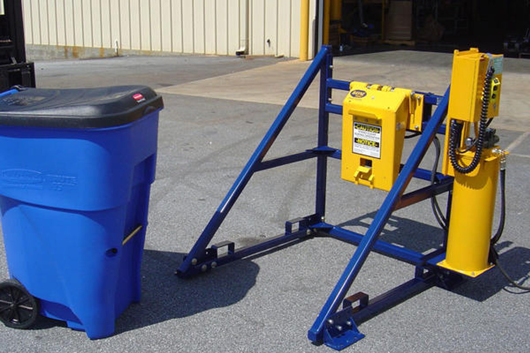 Commercial Garbage Container Lifter - Tipper