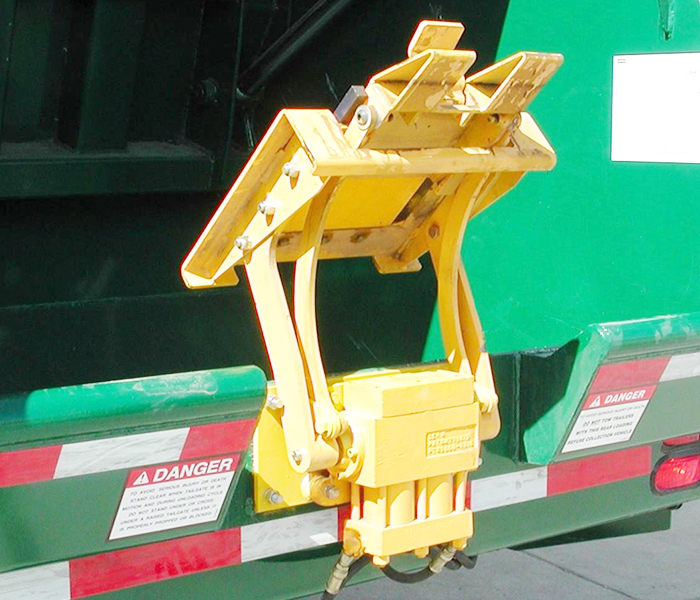 BTL 208 Trash Truck Container Lifter - Tipper